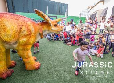 jurassic-extreme-triceratops-dinosaur-houston-texas