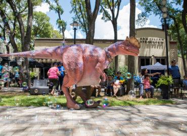 walking-dinosaur-austin-texas-jurassic-extreme-2